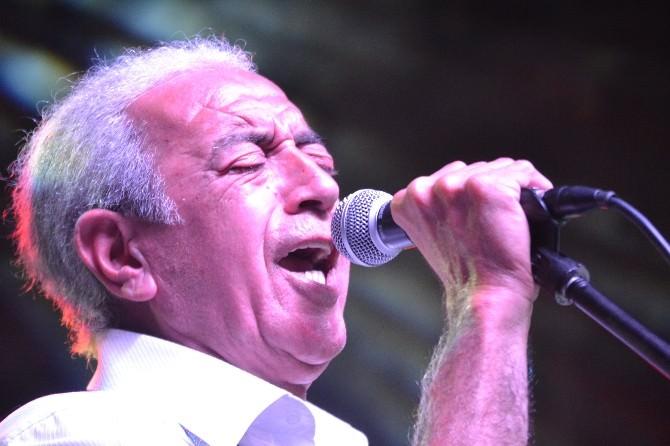 Edip Akbayram Edirne'de Konser Verdi
