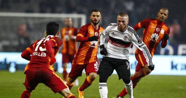 Galatasaray evinde Beşiktaş'ı sevindirmiyor
