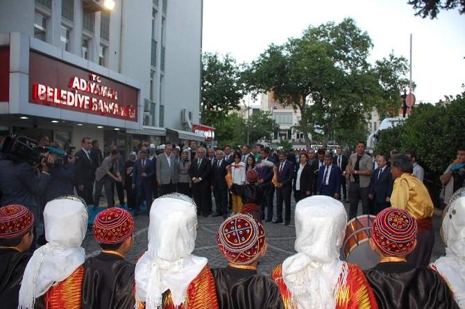Cumhurbaşkanı Erdoğan, Adıyaman Belediyesi'ni Ziyaret Etti