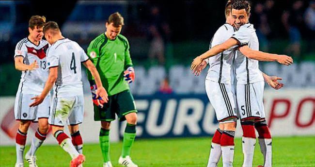 Almanya'yı finale Türkler taşıdı