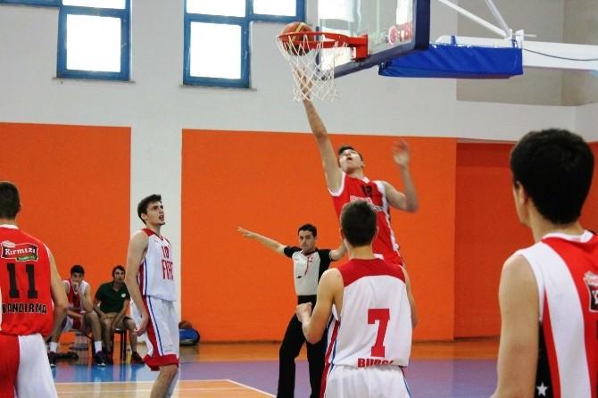 Gençler Basketbol Şampiyonasında Çeyrek Final Sona Erdi