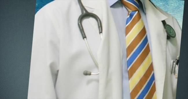 Hastasını tokatlayan doktor