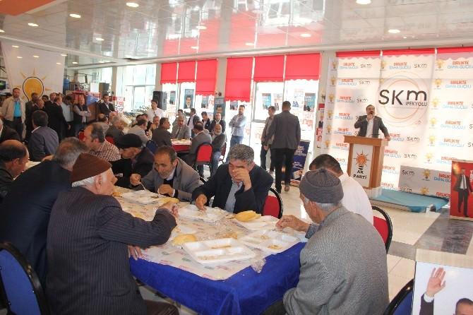 AK Parti Van İl Teşkilatı Tarafından Birlik Ve Beraberlik Yemeği Düzenlendi