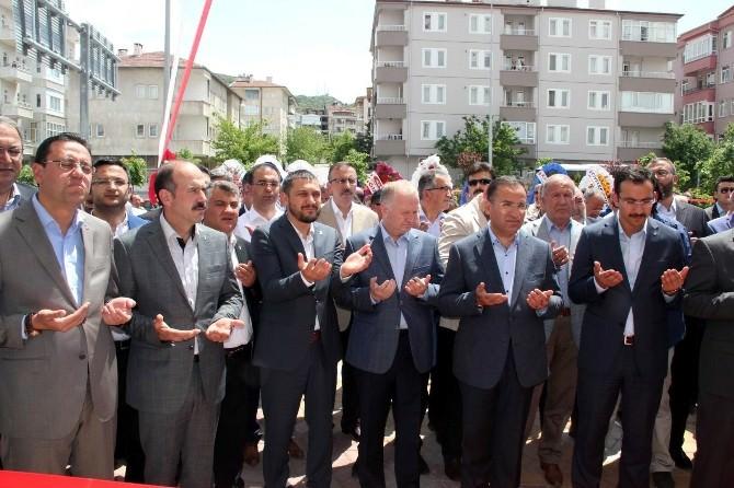 Eski Adalet Bakanı Bozdağ Nevşehir'de