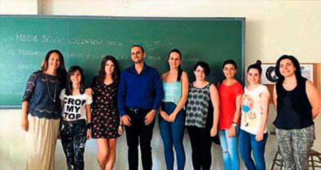 Çağ'lı akademisyen İspanya'da ders verdi