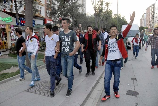 Eskişehirspor Taraftarından Derbi Protestosu
