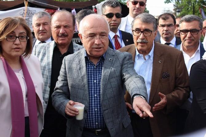 TBMM Başkanı Cemil Çiçek, Gaziantep'te Hemşehriler Dernekleri Festivaline Katıldı