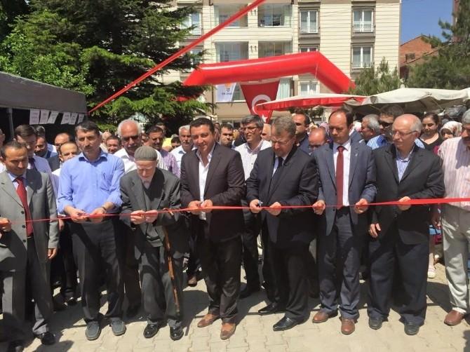 Bozüyük'te Öğrenci Yurdu Yararına Kermes Açıldı