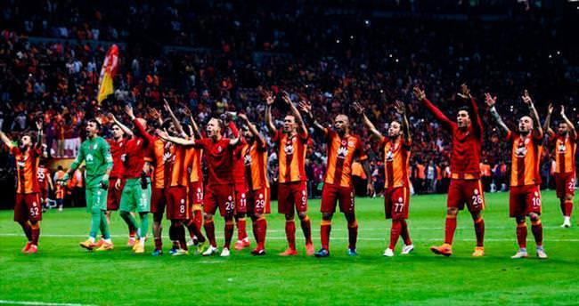 Sneijder sözünü tuttu