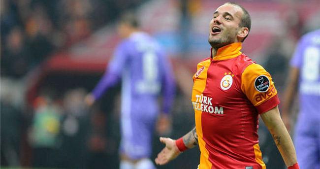 Sneijder'den Galatasaray'a 15 puan