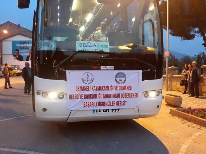 Osmaneli'de Başarılı Öğrenciler İstanbul Gezisiyle Ödüllendirildi