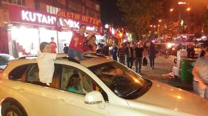 Kütahya'da Galatasaraylılar'ın Şampiyonluk Coşkusu