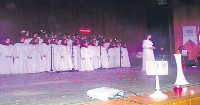 Mersin'de Dillerin Kardeşliği konseri
