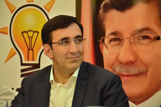 Dinayet'e Yönelik Eleştirilere Bakan Yılmaz'dan Tepki