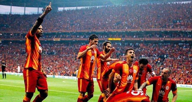Galatasaray farkı açıyor