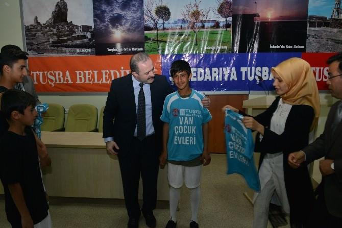 Tuşba Belediyesi'nden Sportif Faaliyetlere Destek