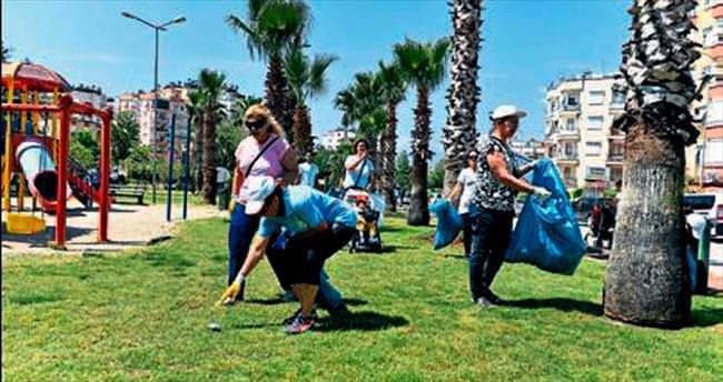Muratpaşa'da önce spor sonra temizlik