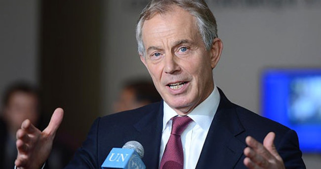 Tony Blair görevinden istifa etti