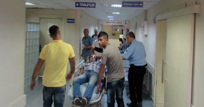 Adana'da polis aracı kaza yaptı