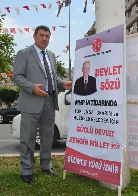 İzmir'de MHP'nin Pankartları Ortadan Kayboldu