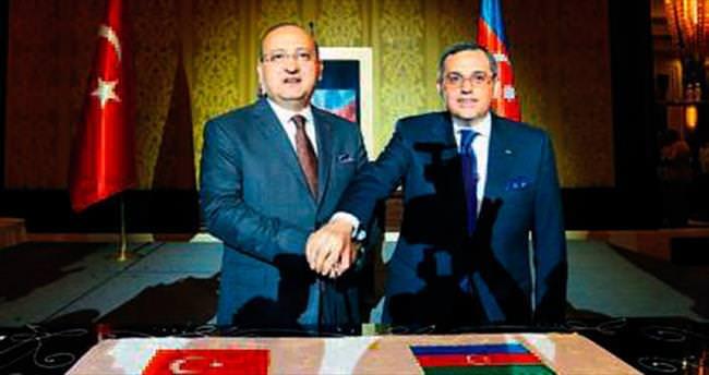 Azerbaycan Milli Günü Ankara'da kutlandı