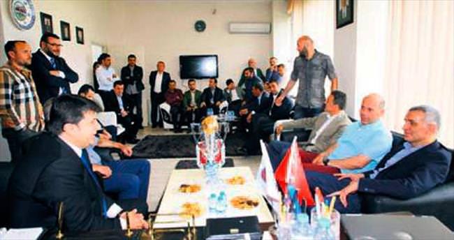 Hacıosmanoğlu'ndan şampiyona ziyaret