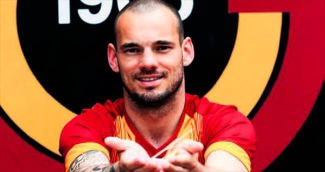 Sneijder görüşme odasına