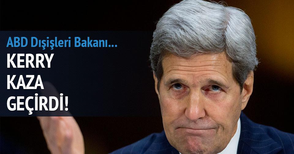 John Kerry bisiklet kazası geçirdi