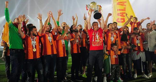 Galatasaray devleri solladı!