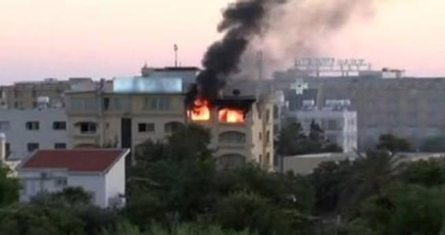 KKTC'de otel yangını: 2 ölü