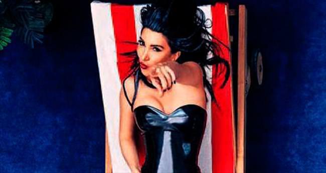 Deniz kızı Hande Yener