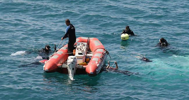 Aydın'da kaçakları taşıyan bot battı
