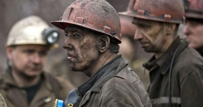Ukrayna'da 379 madenci yeraltında mahsur kaldı