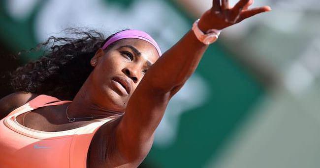 Serena Williams ve Bacsinszky son 4'e kaldı