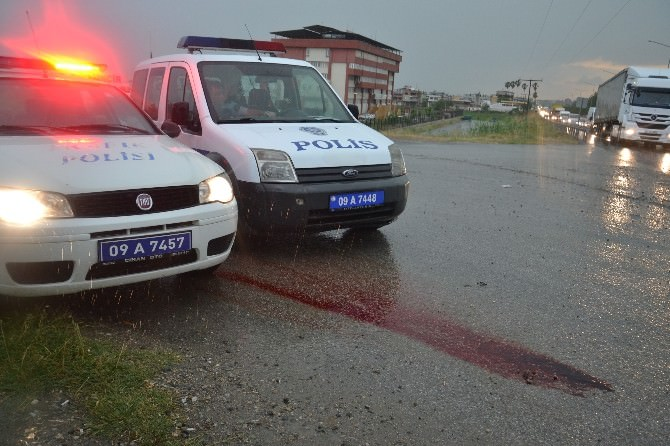 Nazilli'de Yağan Şiddetli Yağmur Kazayı Da Beraberinde Getirdi; 1 Ağır Yaralı