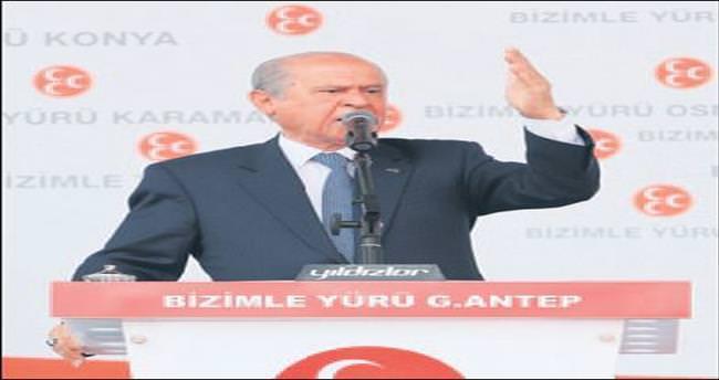 'Erdoğan, makama uygun değildir'