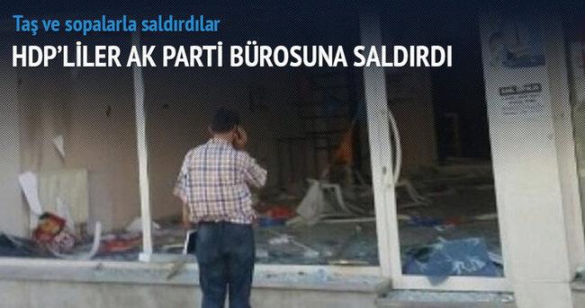 AK Parti bürosuna saldırı!