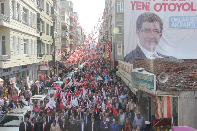 AK Parti'den Binlerce Sinoplu İle Sevgi Yürüyüşü