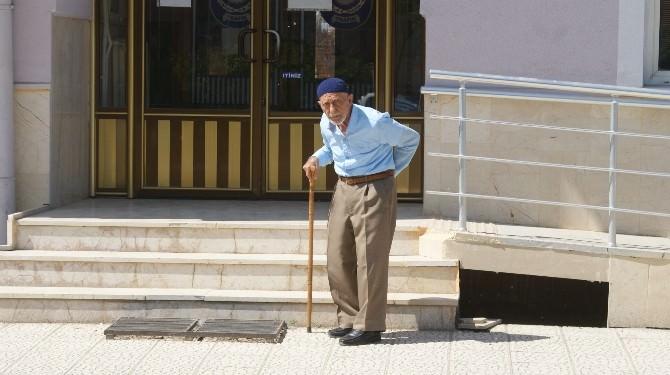 Başkanın Şikayetçi Olduğu 87 Yaşındaki Şahıs İfade Verdi