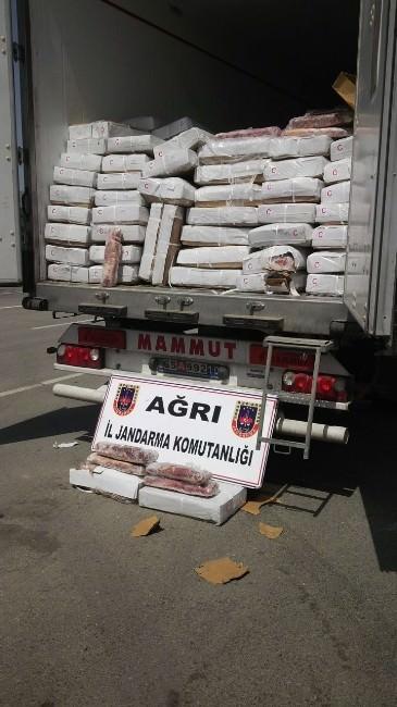 Ağrı'da 28 Ton Kaçak Bufalo ETİ Ele Geçirildi