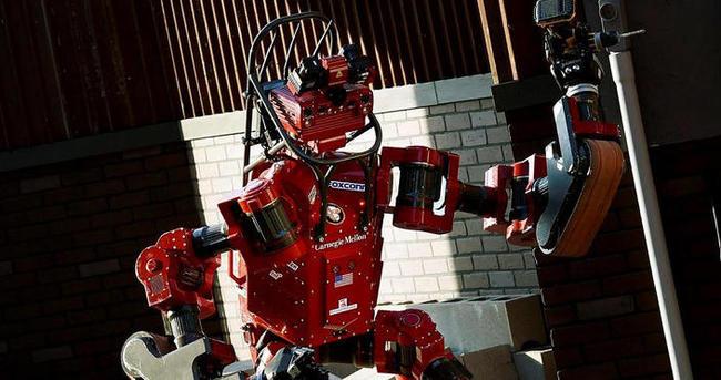 Robotlar büyük ödül için yarıştı