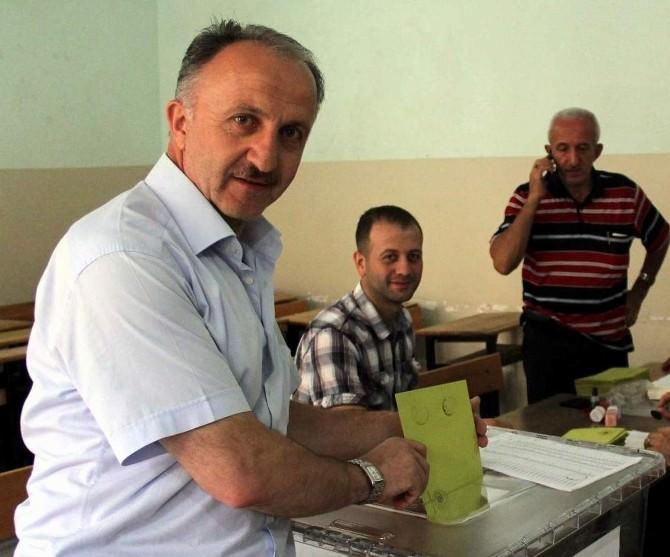 Aydın'da Oy Kullanma İşlemi Başladı