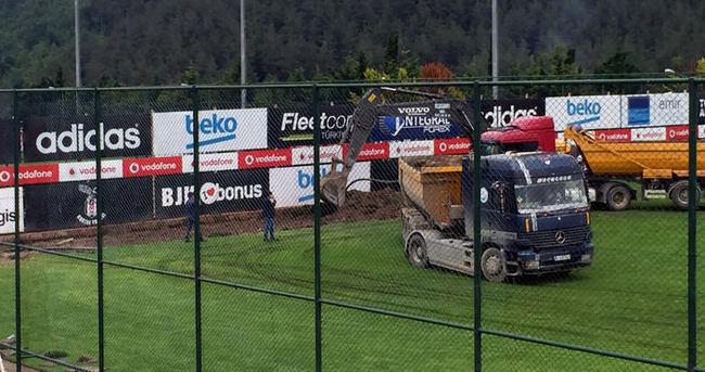 BJK Nevzat Demir Tesisleri'ndeki saha yenileniyor