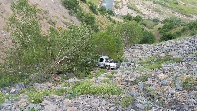 Pülümür'de Trafik Kazası: 1 Yaralı