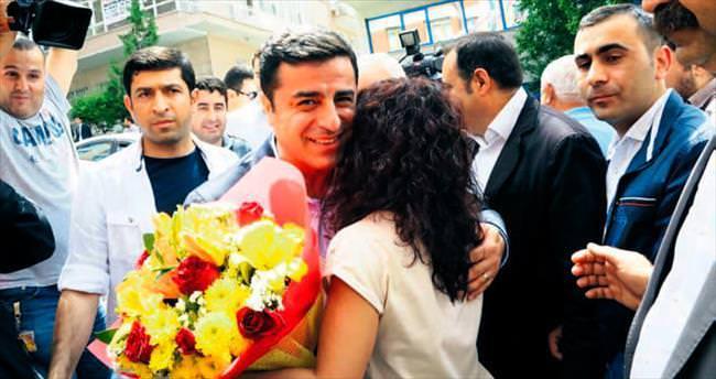 Demirtaş'a göre ilk seçenek: AK Parti-CHP koalisyonu