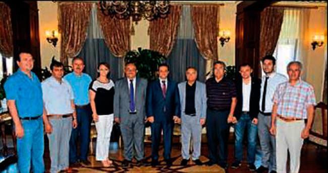 Konyalılar Vali'yi çorbaya davet etti