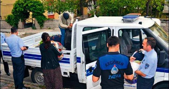 Zabıta ekiplerinden evsiz aileye yardım
