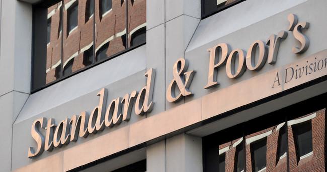 Standard & Poor's Yunanistan'ın notunu düşürdü