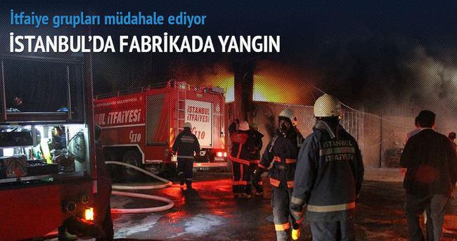 Hadımköy'de tül fabrikasında yangın