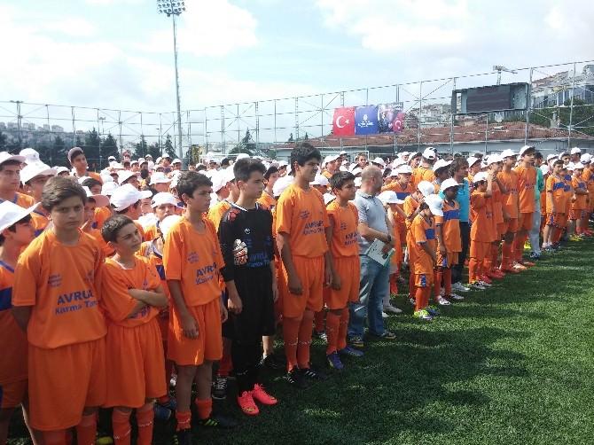 'Futbol Akademi Ve Yetenek Kampı' Final Maçı Ve Ödül Töreni Düzenlendi